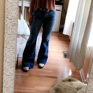 Abercrombie & Fitch Flare Jeans